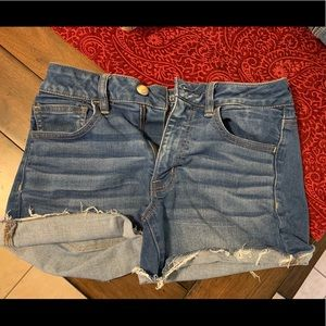 American Eagle Hi-Rise Shorties Size 6